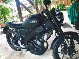 XSR 155 Full Black