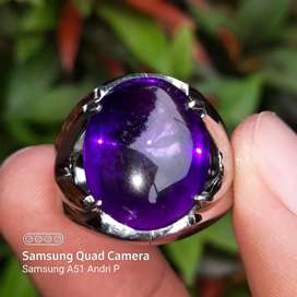 Natural kecubung ungu