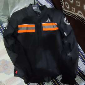 Aspida bike rideing jacket with rain layer and thermal layer with bill