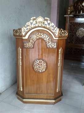 mimbar masjid jati klasik