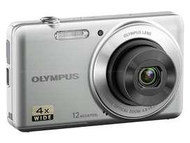 Olympus VG-110 12 MP Digital Camera