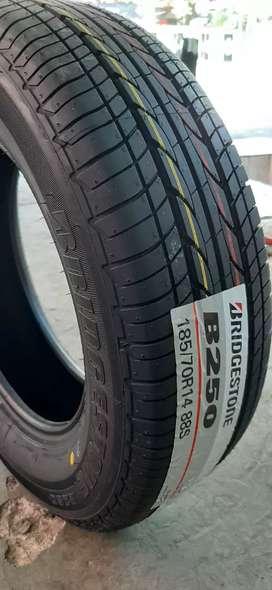 Ban Bridgestone 185/70 R14 B250 (Avanza/ Xenia/ Kijang/ Evalia)
