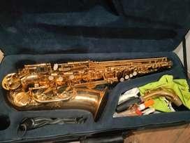Saxophone Walker alto