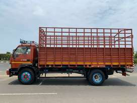 This truck urgent sell