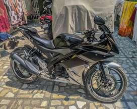 Yamaha R15 V2 in mint condition