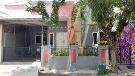 Rumah & Toko Strategis pinggir jalan raya