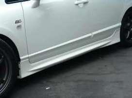 Civic mugen side skirts in fiber quality