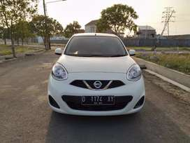 Km low banget Juragan 17 ribu antiq Nissan march Automatic 2015 White