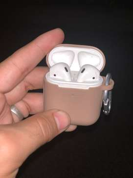 Apple Airpods 2 with full box