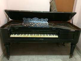 TABLE GRAND PIANO - GERMAN