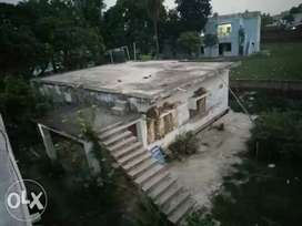 I want to sell my house with land near R.K. college , Madhubani URGENT