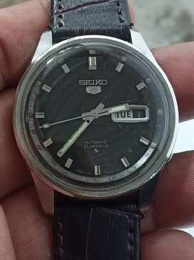 Jam tangan SEIKO VINTAGE 6119