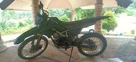 Kawasaki KLX KLX150 Hitam
