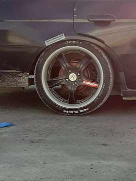 Low profile Tyres and rim  condition 8/10