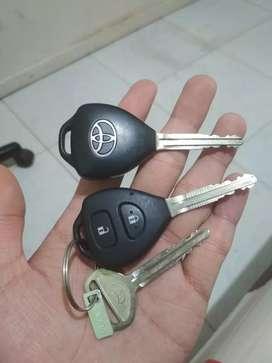 Toyota Innova G AT 2015. Odo 73k asli. Pajak hidup. Mobil mulus!! Nego