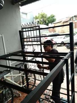 Jasa Las ( Listrik & Karbit ) pembuatan pagar . Kanopi . Rangka dll