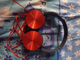 Sony headphones in good condition, price is negotiable