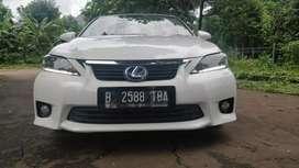 Lexus ct 200  mobil listrik hybrid  tdp ringan