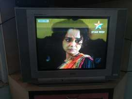 LG 21 inch CRT tv