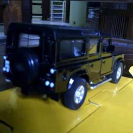 Diecast Land Rover Defender long