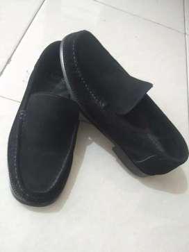 Sepatu pantofel coca no.41,5 (made in italy)