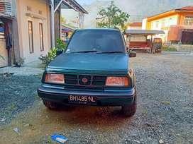 Suzuki Escudo 2001 warna hijau4