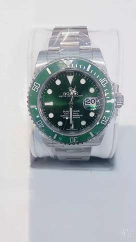 Rolex Green hulk brand new 2015 full box n paper n stickers