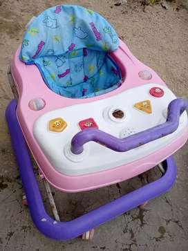 Dijual baby Walker Family kondisi joss