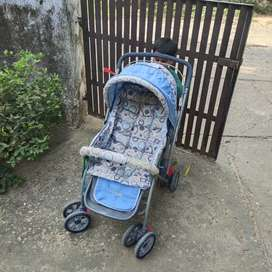 New stroller for sale.