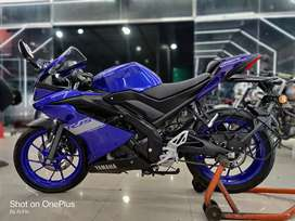 2 months old R15 version 3 finance available