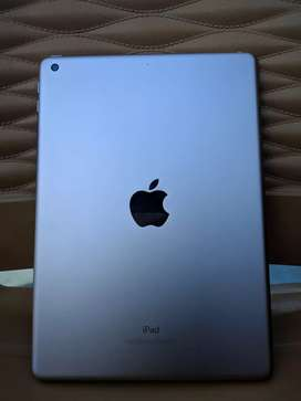 iPad 6th gen 30gb