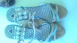 Sepatu Preloved Branded