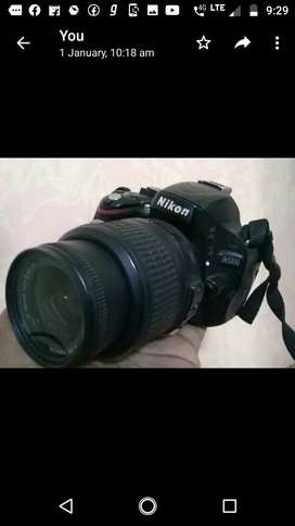 Nikon d 5100 with 18-55 lens ,battery,  charger (good condition)
