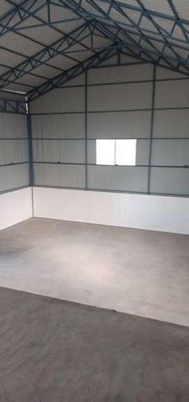 Showroom / Warehouse for rent at Unichira