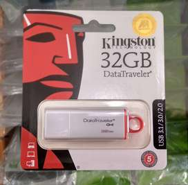 Flashdisk Kingston 32 GB