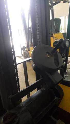 FORK LIFT (Battery Operated)