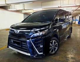 Toyota Voxy 2.0 A/T 2017 Hitam
