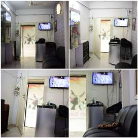 Running Saloon / Beauty Parlor for Sale