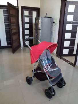 Graco Stroller in good condition with all attachement accessories