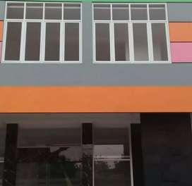 Kusen jendela dan partisi alumunium930