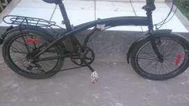 Sepeda lipat               .