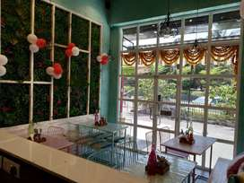 COMMERCIAL SHOP ON CARPET AREA 150sqft.AND SHOP IS VERY GOOD LOCALIETY