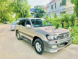 Toyota land cruiser 4.2 d available on installment