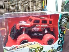 Mainan mobil bisa di cas baru yah jeep edisi