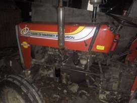 Tractor messed 1035