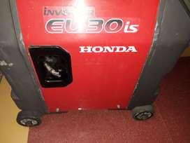 Honda Generator Eu30is SELF-START  VeryLessused for SALE in Thrissur