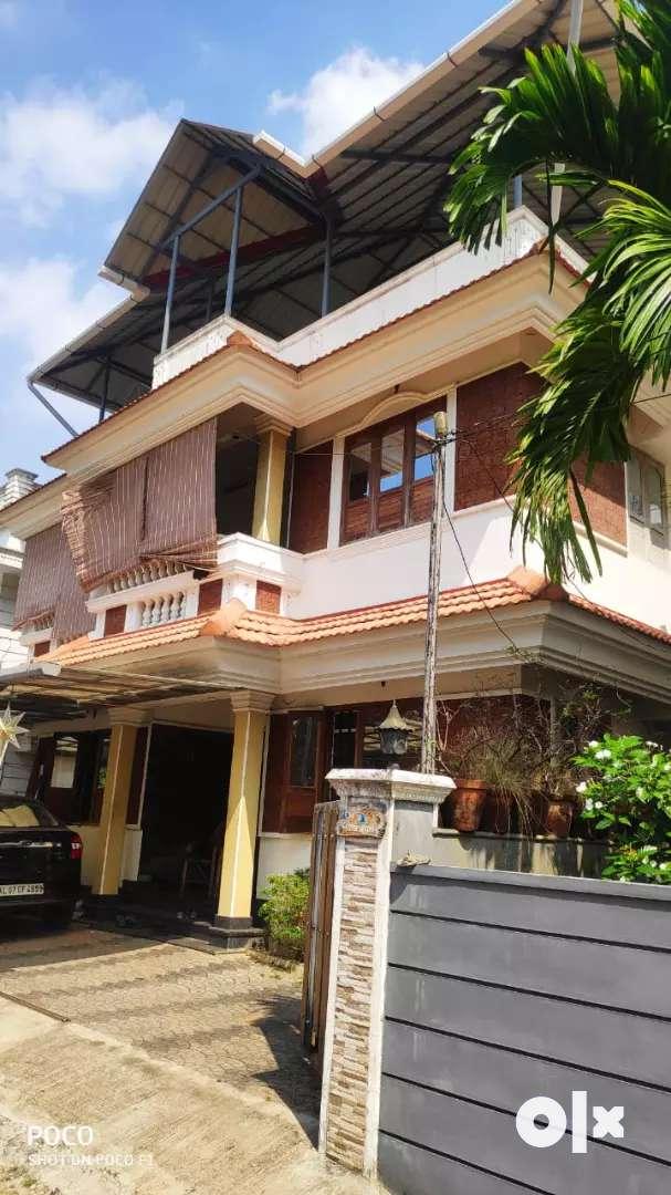 4 cent 2000 sqft 4 bhk house for sale at edapally 0