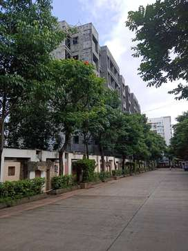 Office Space available on road in Bhutani Grandthum, Greater Noida Wes