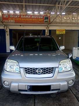 (DIJUAL )  NISSAN X-TRAIL 2004 AT 2.5 St