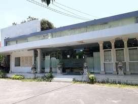 Ruang Usaha ex kantor di Hayam Wuruk